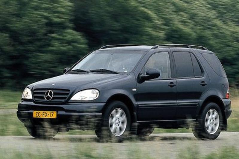 Mercedes-Benz ML 430 (2000)