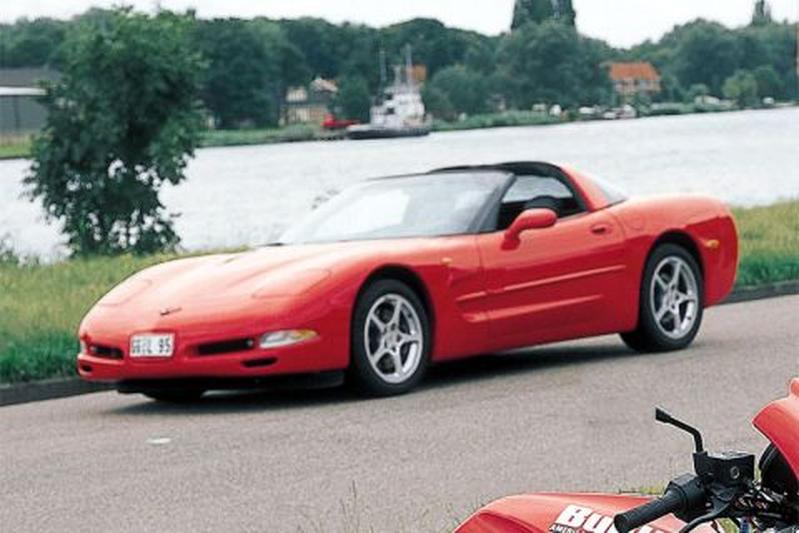 Chevrolet Corvette (2000)