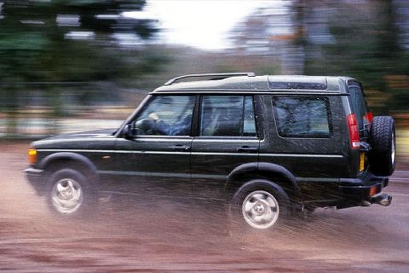 land rover discovery td5 es 2000 autotest. Black Bedroom Furniture Sets. Home Design Ideas