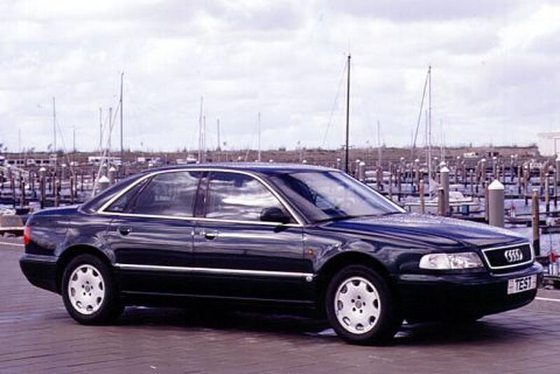 Audi A8 2.8 (1995)