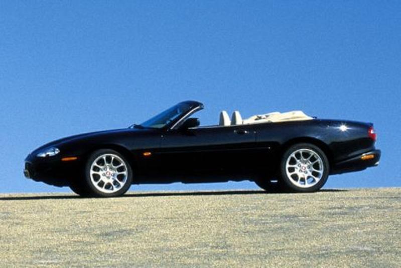 Jaguar XKR Convertible (1999)