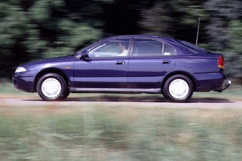 Mitsubishi Carisma 1.8 GLSi (1995)