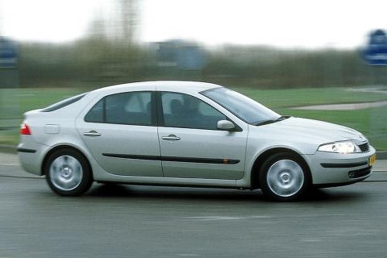 Renault Laguna 1.6 16V Expression (2001)