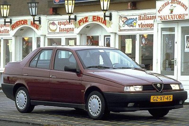 Alfa Romeo 155 1.7 Twin Spark (1994)