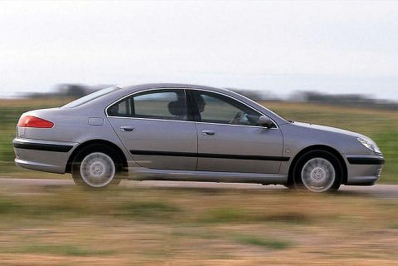 Peugeot 607 2.2 Pack (2000)