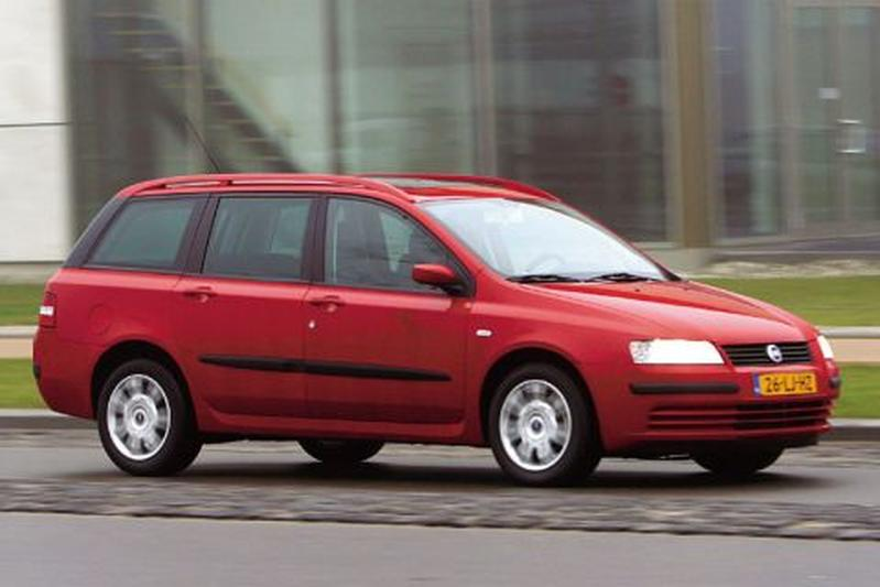Fiat Stilo Multi Wagon 1.6 16v Dynamic (2003)