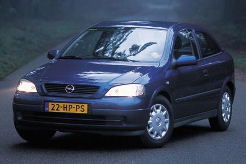 Opel Astra 1.7 DTi Eco4 (2002)