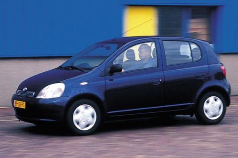 Toyota Yaris 1.4 D4-D Linea Sol (2002)