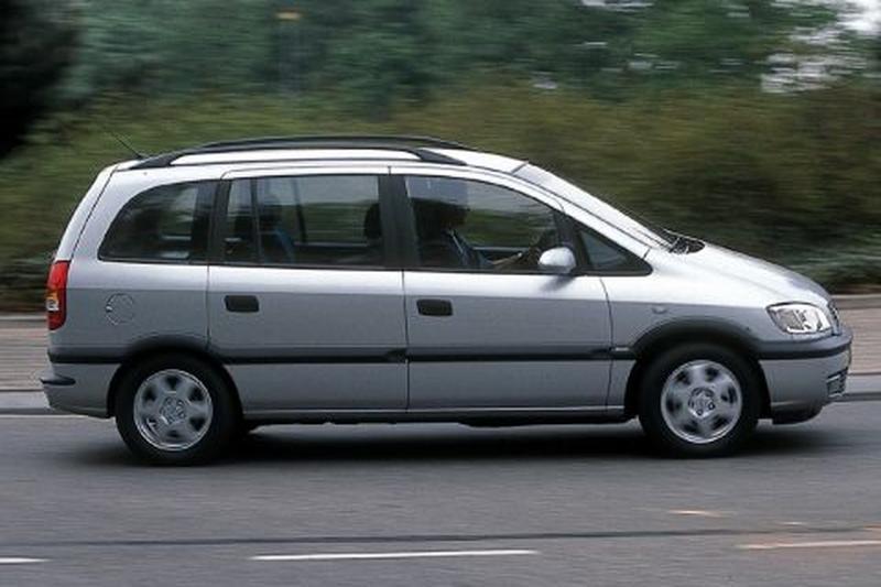Opel Zafira 1.8i-16V Elegance (2001)