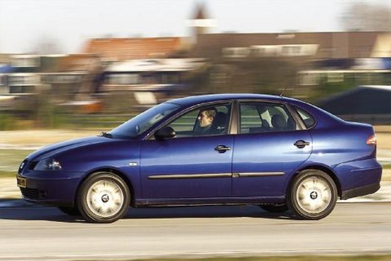 Seat Cordoba 1.4 16V Signo (2003)