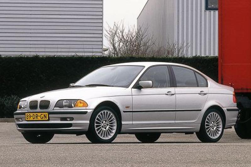 BMW 330d Executive (2000)