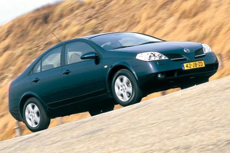 Nissan Primera 2.0 Acenta CVT-M6 (2002)