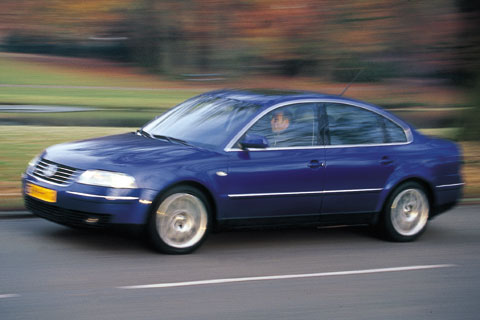 volkswagen passat w8 4motion 2002 autotest. Black Bedroom Furniture Sets. Home Design Ideas