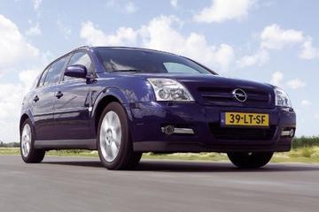 Opel Signum 2.0 Turbo (2004)