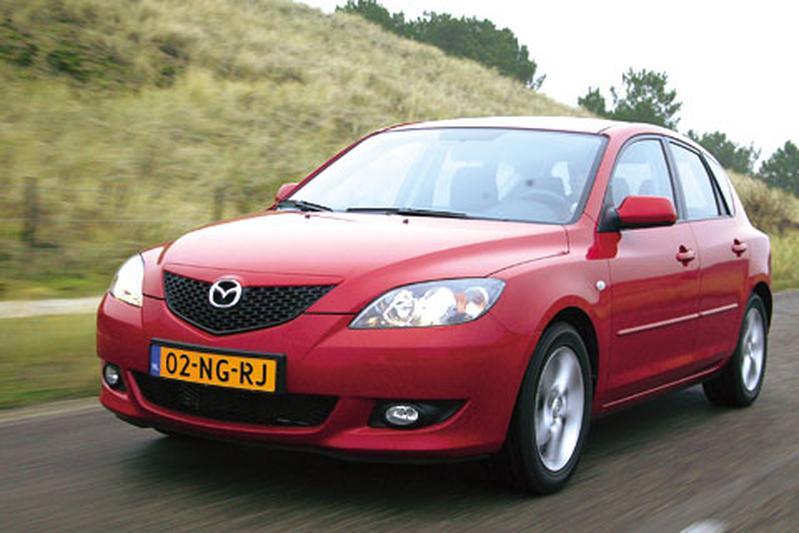 Mazda 3 Sport 1.6 Touring (2004)