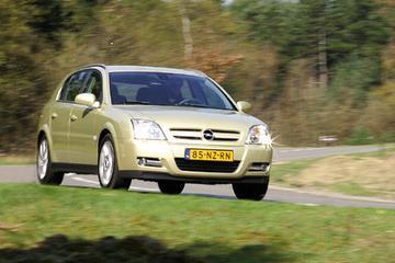 Opel Signum 1.9 CDTi