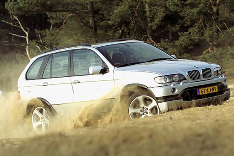 BMW X5 4.6 is (2003)