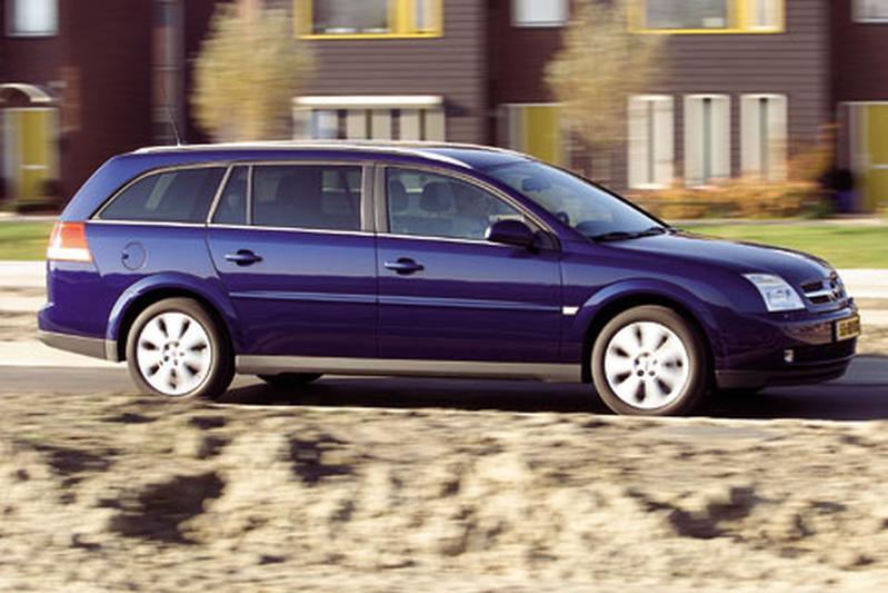 Opel Vectra Stationwagon 1.9 CDTi 150pk Elegance (2004)