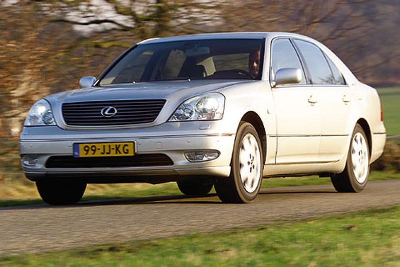 Lexus LS 430 (2003)