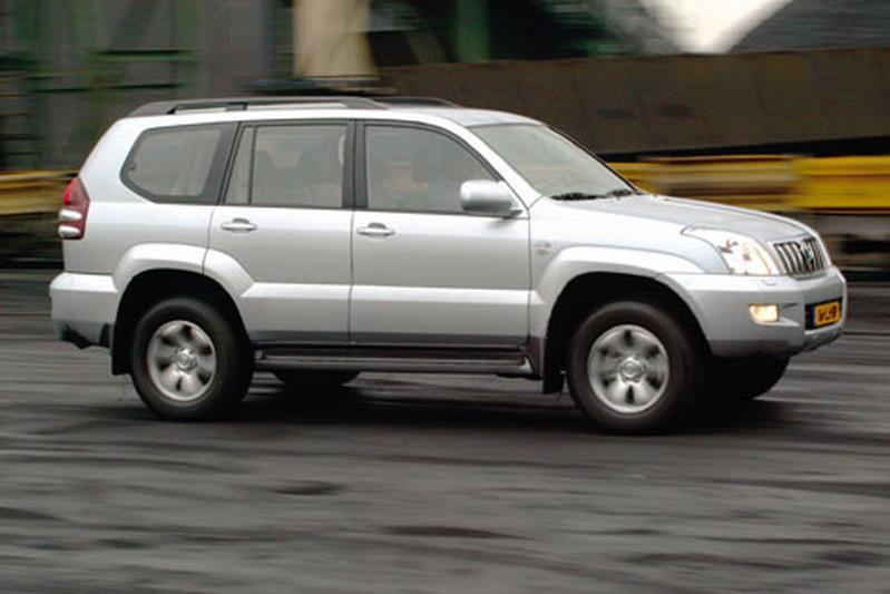 Toyota Land Cruiser 3.0 D4-D Executive (2003)