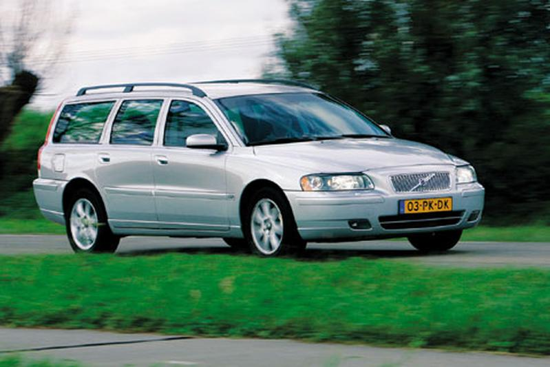 Volvo V70 2.4 D5 Momentum (2004)