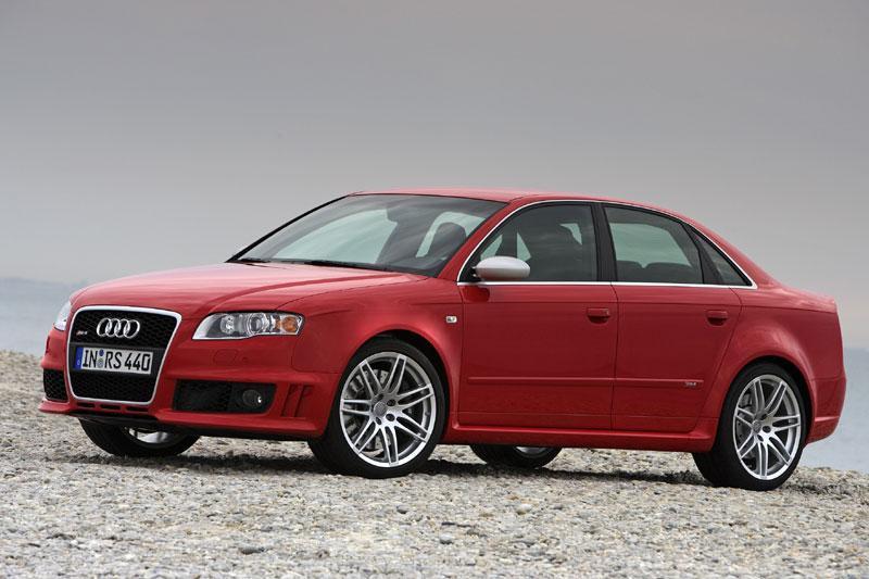 Audi RS4 4.2 FSI quattro (2007)