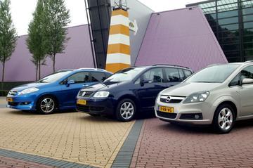 Opel Zafira 1.6 - Volkswagen Touran 1.6 FSI - Honda FR-V 2.0