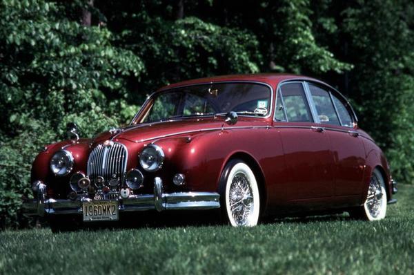 Jaguar Mk II 240