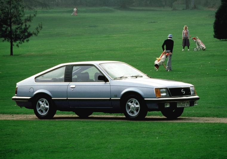 De eerste Monza, een opmerkelijke auto...