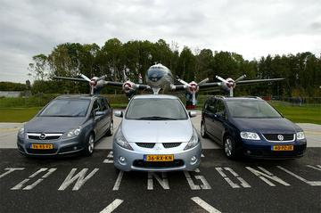 Mitsubishi Grandis 2.0 Di-D Intense – Opel Zafira 1.9 CDTi Cosmo – VW Touran 2.0