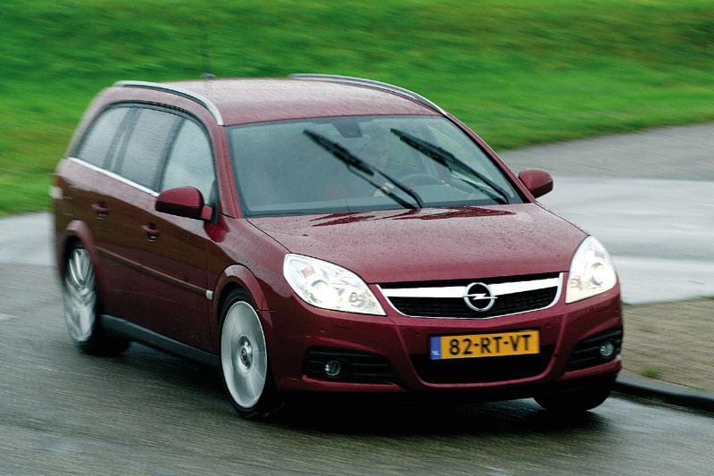 Opel Vectra Stationwagon 1.9 CDTi 150pk Cosmo (2006)