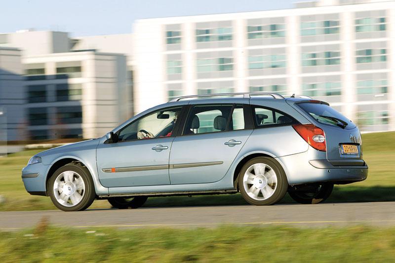 Renault Laguna Grand Tour 2.0 Turbo 16V Dynamique (2004)