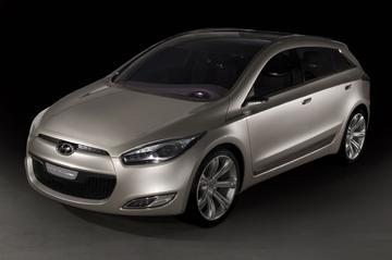 Hyundai Genus: studie voor D-segment