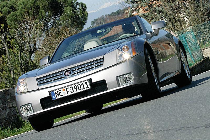 Cadillac XLR (2004)
