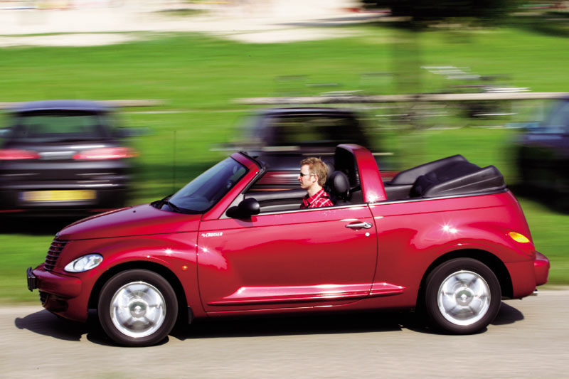 chrysler pt cruiser cabrio limited 2004 autotest. Black Bedroom Furniture Sets. Home Design Ideas