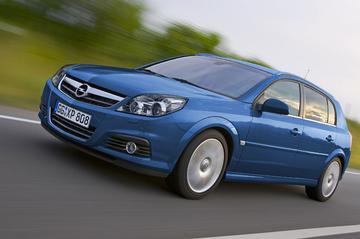 Snelle Opel Signum niet voor Nederland