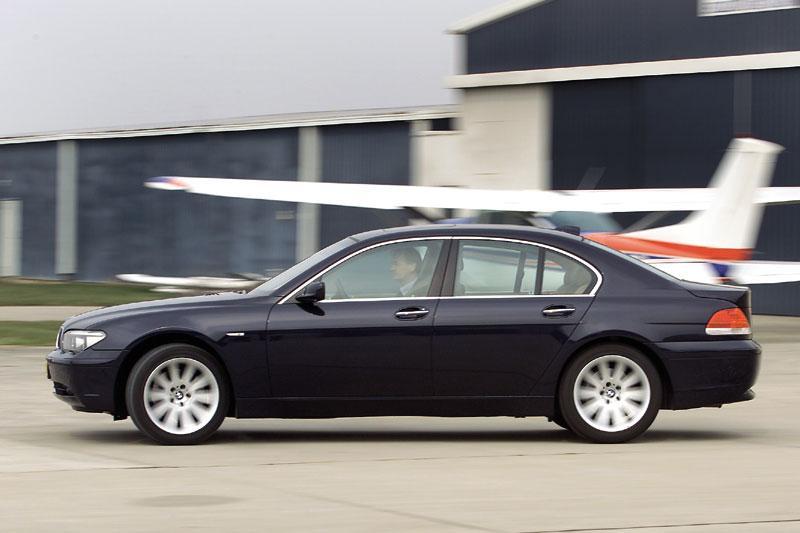 BMW 745i Executive (2005)