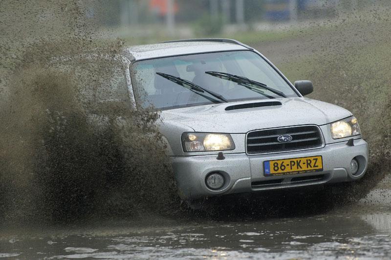 Subaru Forester 2.5 XT AWD (2004)
