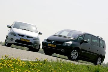Renault Grand Espace 2.0 dCi 150 Dynamique - Mitsubishi Grandis 2.0 DI-D Intense