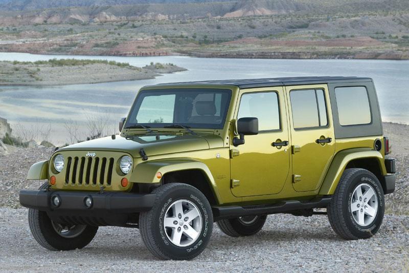 Jeep Wrangler Unlimited 3.8 Sahara (2007)