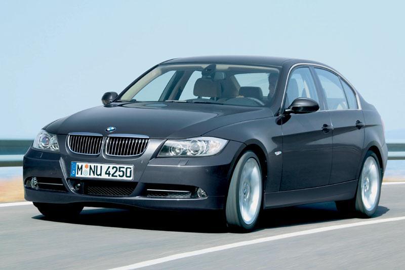 BMW 330i (2006)