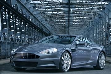 Aston Martin DBS debuteert bij James Bond
