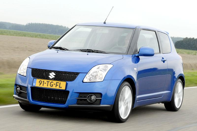 suzuki swift sport eerste rijtest. Black Bedroom Furniture Sets. Home Design Ideas