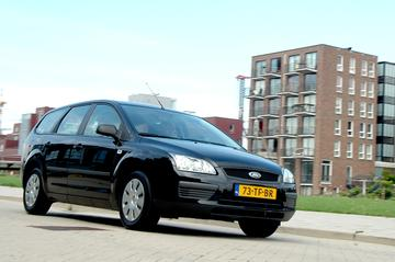 Ford Focus Wagon 1.4 Ambiente