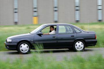 Opel Vectra 1.8 CDX