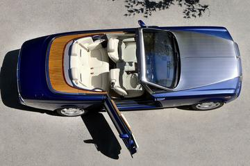 Uitsmijter: Rolls-Royce Phantom Drophead Coupé