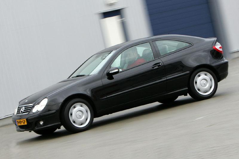 Mercedes-Benz C 160 Sportcoupé (2006)