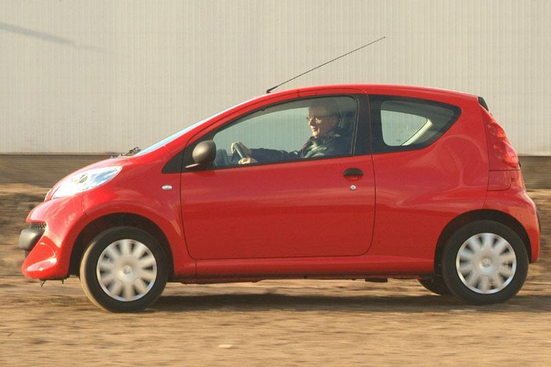 Peugeot 107 XS 1.0 (2006)
