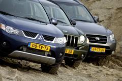 Mitsubishi Outlander 2.0 DI-D /Jeep Compass 2.0 CRD /Hyundai Santa Fe 2.2 CRDi VGT 4WD