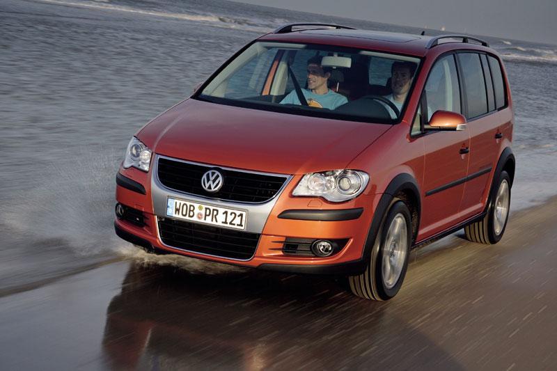 Volkswagen CrossTouran 2.0 TDI 140pk (2008)